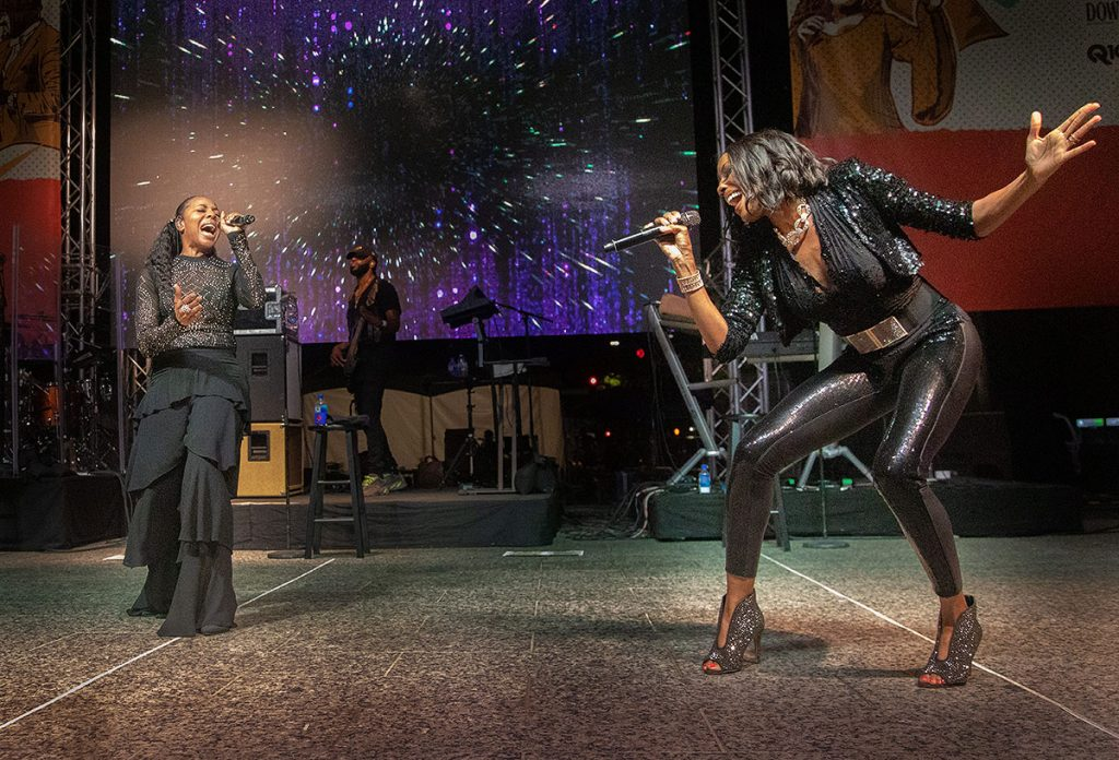 En Vogue put on a spectacular opening night show on the Main Stage. Photo by Robert Birnbach