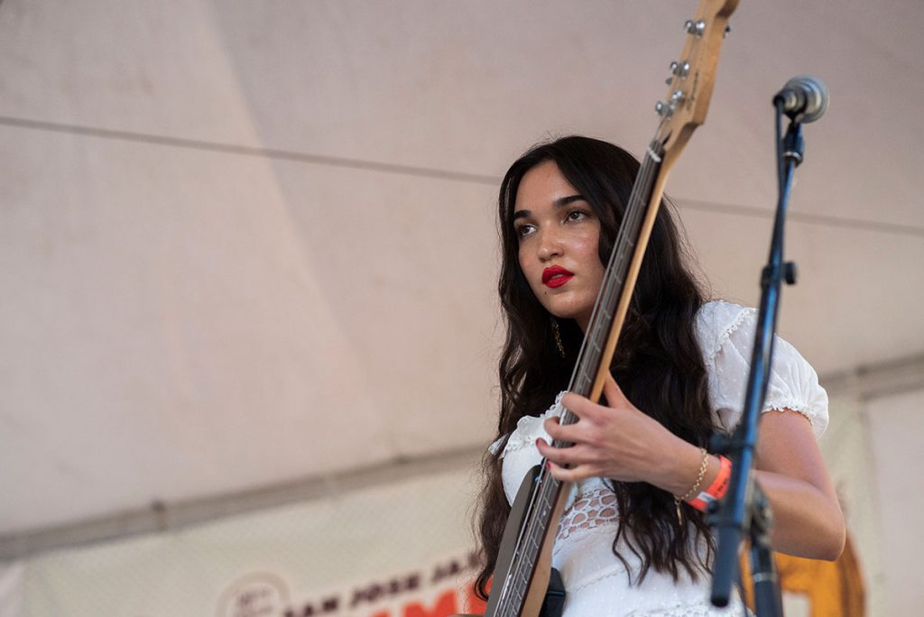 Sitsa La Tour on bass for Gilberto Rodriguez's set on the Sonido Clash Stage. Photo by Daniel Garcia